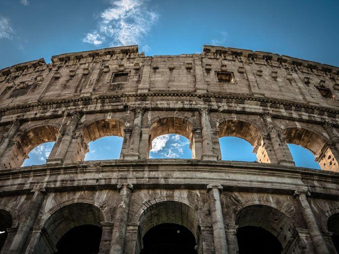 Colosseo-696x522