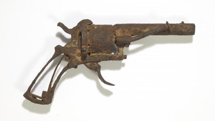 pistola-che-uccise-van-gogh